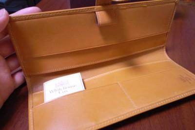 ホワイトハウス・コックス Whitehouse Cox製「超」整理手帳カバー(ニュートン)の写真