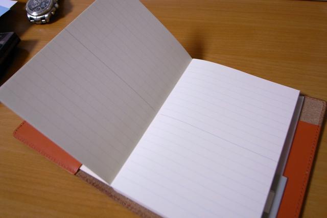 KNOX ヌメ革 ノート&ブックカバー 文庫本サイズの写真